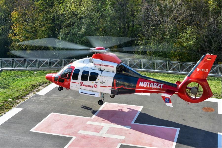 Christoph Mittelhessen als neue EC 155 B1 der Johanniter Luftrettung beim Abflug an der Bavaria Klinik Kreischa am 26. Oktober 2019