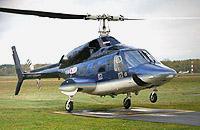 Die Bell 222, hier ein Exemplar des HSD, aber an einem anderen Flughafen.