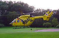 Soll in Leipzig fliegen: Ein Rettungshubschrauber des ADAC - hier exemplarisch eine BK 117 im Bild