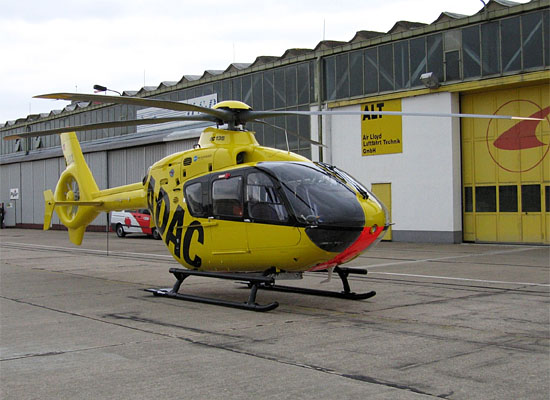 D-HDCL von Elbe Helicopter bei AirLloyd in Halle-Oppin