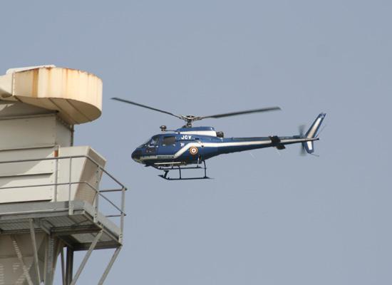 Gendarmerie (F) überwacht aus der Luft die Sicherheit am Rhein