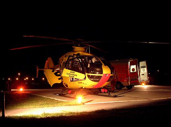 Rendevouz-System am Hubschrauberlandeplatz, Christoph 48 und RTW des Cottbuser Rettungsdienstes