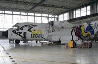 Eine Transall C-160 wurde mit einer Sonderlackierung versehen