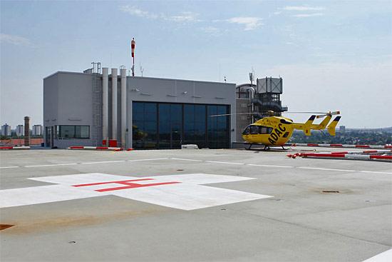 """Neues Luftrettungszentrum für Christoph 77, Mainz (Maschine: EC 145 """"D-HLRG"""")"""