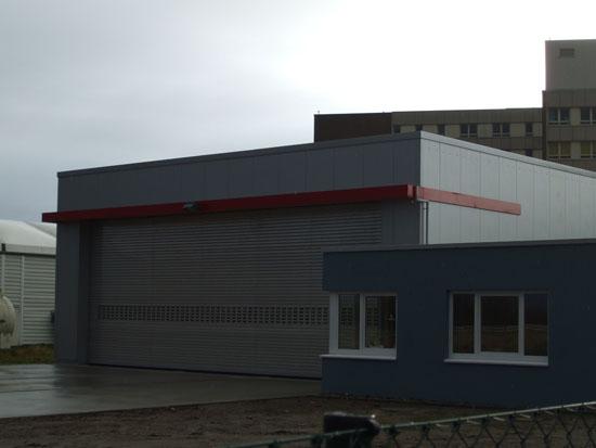 Neuer Hangar am Klinikum für den Rettungshubschrauber in Niebüll