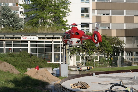 D-HDRW im Anflug auf den Standort Karlsruhe