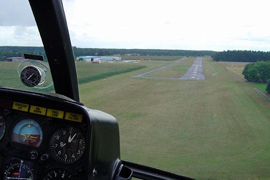 Flugplatz Hartenholm aus Hubschraubersicht