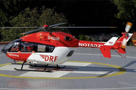 Christoph Berlin flog kurz nach der Übergabe der EC145 seinen ersten Einsatz vom Herzzentrum Bernau