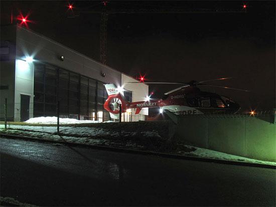 """Der RTH """"Christoph 80"""" übernachtet am HDM-Luftrettungszentrum Regensburg"""