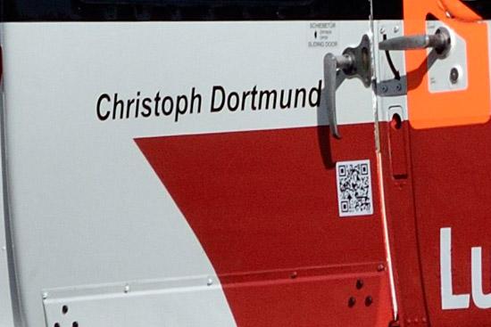 Stück für Stück wird die DRF Luftrettung alle Hubschrauber mit diesem Code versehen