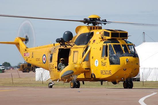 Mittefristig Geschichte: Sea King HAR Mk.3 der RAF. Hier eine Maschine der 203(R) Sqn aus RAF Valley.