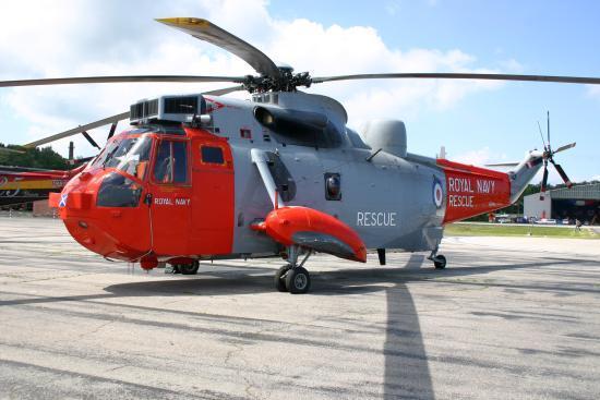 Kommt ebenfalls auf den Abstellplatz: Sea King HAR. Mk.5 der HMS Gannet SAR Flight von der RNAS Prestwick.