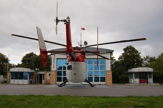 """Wird er schon in Bälde auch nachts fliegen? Der am Uniklinikum in Greifswald stationierte RTH """"Christoph 47"""""""