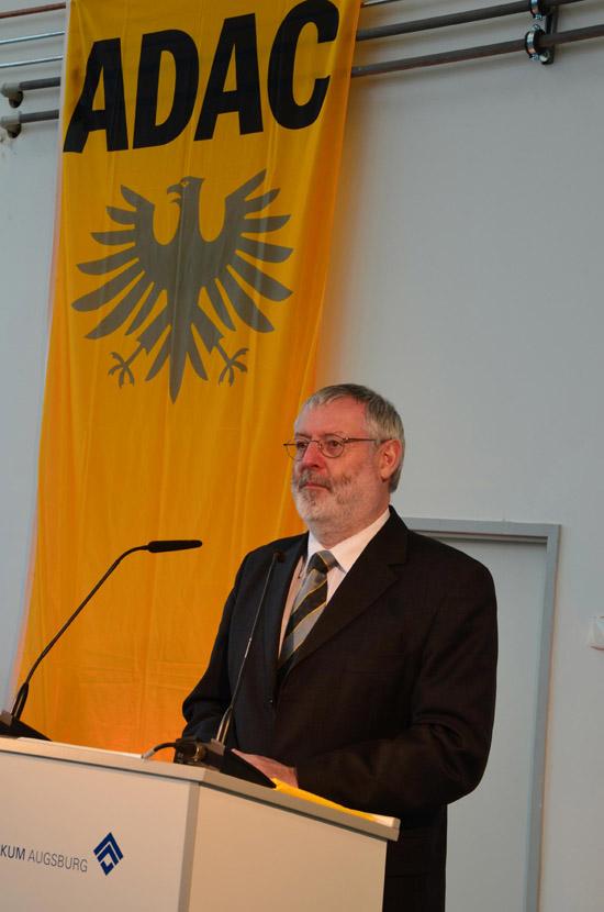 ADAC-Technikvorstand Thomas Burkhardt betonte die Lärmminderung durch den neuen RTH