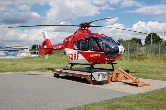 Die EC 135 der DRF Luftrettung ist mit einem Inlet Barrier Filter (IBF) ausgestattet