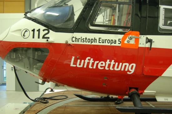 """Der grenzüberschreitend fliegende RTH """"Christoph Europa 5"""" bewirbt von Anbeginn den Euronotruf 112"""