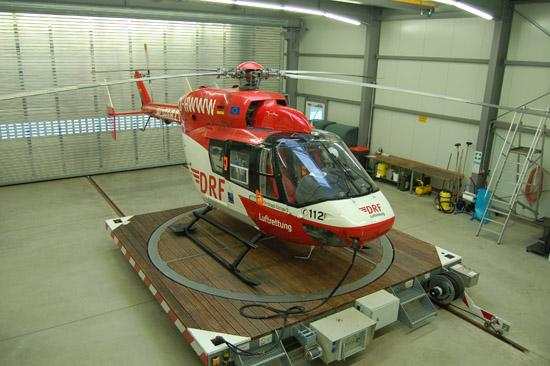 """Der nördlichste Rettungshubschrauber der DRF Luftrettung ist nun """"Christoph Europa 5"""" in Niebüll, der auch weiterhin grenzüberschreitende Einsätze nach Dänemark fliegen wird"""
