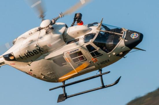 """Auch in Italien setzt man auf das bewährte Flugmuster BK 117, hier im Bild: """"Pelikan 1"""""""