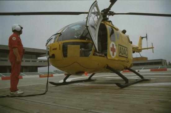Mit der MBB BO 105 begann vor genau 30 Jahren die Luftrettung in Osthessen (hier die Maschine nach 1985 am alten Standort)