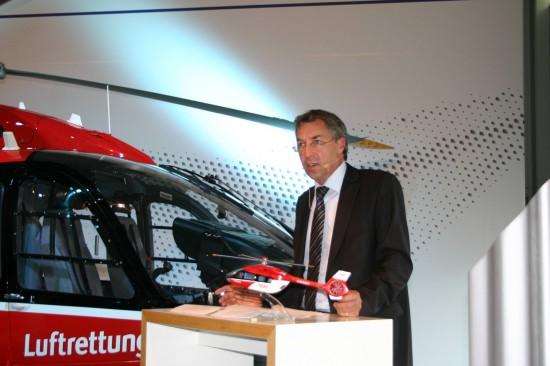 Stolzer Neu-Operator: Steffen Lutz, als Vorstand stellvertetend für die DRF Luftrettung gAG