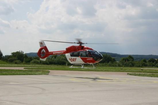 Die zweite Maschine, die an die DRF Luftrettung ausgeliefert werden soll, startet zu einem Demonstrationsflug – Hier noch mit einem vorläufigen Kufengestell