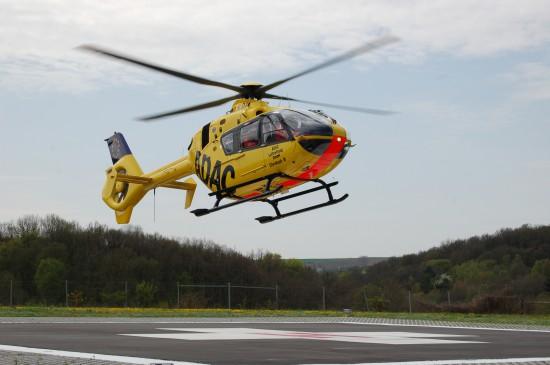 """Ab Sommer 2015 wird in Dinkelsbühl-Sinbronn eine EC 135 der ADAC Luftrettung gGmbH stationiert (hier eine baugleiche Maschine als """"Christoph 18"""" in Ochsenfurt)"""