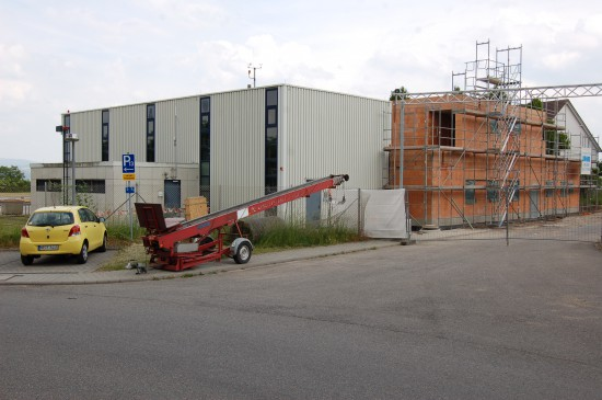 Der alte Hangar, in dem schon die Bell UH-1D untergebracht war, bleibt erhalten