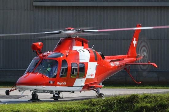 """Ein Helikopter der REGA vom Typ Agusta Westland """"Da Vinci"""""""