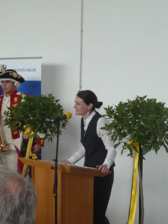 Angela von Nippold moderierte die Veranstaltung