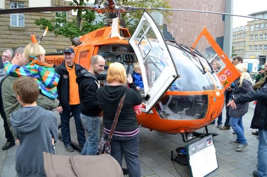 Auch der Vorgänger der EC 135 – eine BO 105 – wurde von den Besuchern sehr interessiert in Augenschein genommen