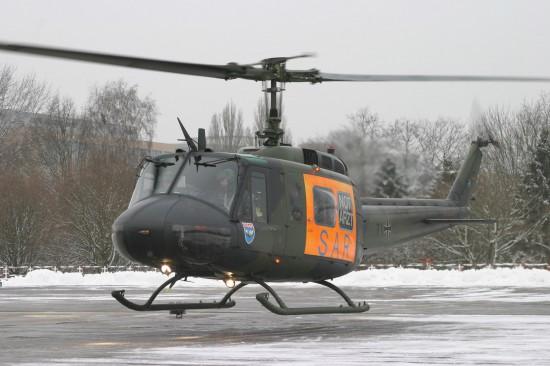 """Start zum letzten Einsatz als """"SAR Hamburg 71"""", die Bell UH 1D am Bundeswehrkrankenhaus Hamburg"""