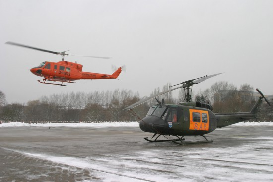 """Damals gemeinsam im Bild: """"alt"""" und """"neu"""". Nachfolger wurde """"Christoph 29"""", zuerst als Bell 212"""
