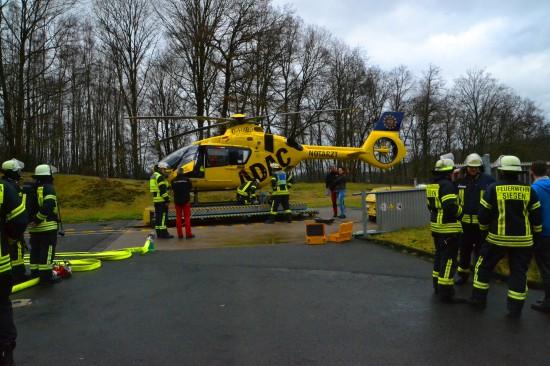 Gefahrstoffeinsatz der Feuerwehr Siegen am Jung-Stilling-Krankenhaus