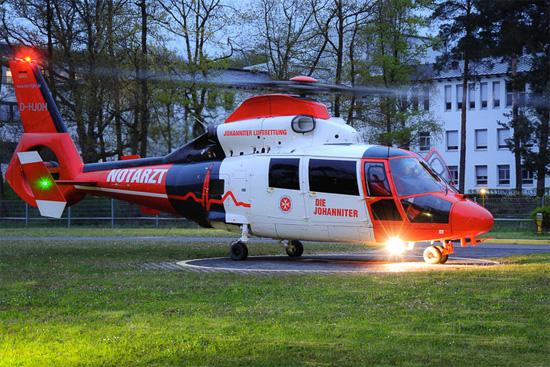 """Die Uniklinik am Bonner Venusberg ist einer der bevorzugten Landeplätze für den ITH """"Air Rescue Nürburgring"""""""