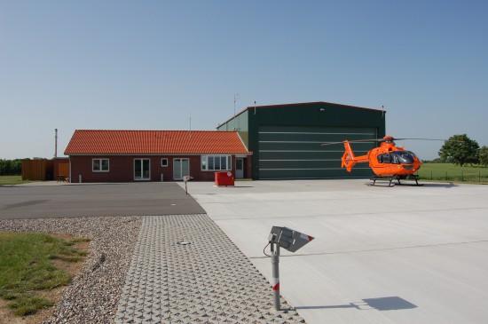 """Zum Tag der offenen Tür lädt das Luftrettungszentrum """"Christoph 12"""" am 10. Juni ein (hier eine Aufnahme aus dem Mai 2008)"""