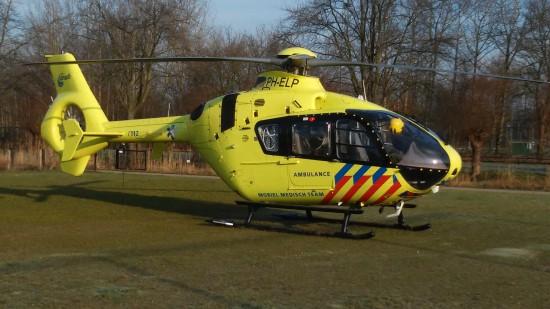 Symbolfoto: Lifeliner 3, ein Helikopter der ANWB-MAA, an der UMC Utrecht; hier handelt es sich um eine EC 135