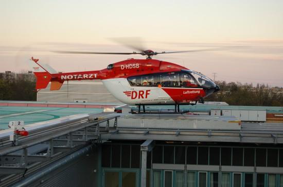 """Die künftig in Rendsburg eingesetzte EC 145 flog bis vor Kurzem auch als """"Christoph Berlin"""" in der Bundeshauptstadt"""