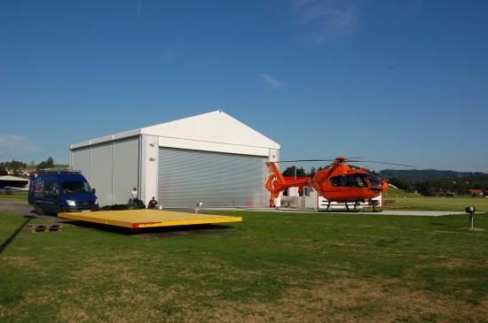 Auch am Verkehrslandeplatz in Kempten-Durach ist derzeit noch eine EC 135 T2i der BPOL stationiert (hier eine Archivaufnahme aus dem Mai 2012)