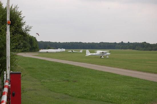 Die Errichtung einer Hubschrauberstation am Segelflugplatz in Leverkusen-Kurtekotten wäre wohl weniger aufwändig und deutlich kostengünstiger geworden
