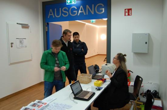 Ulrike Götz von kongkret kümmerte sich gleichermaßen um Teilnehmer und Referenten des Luftrettungssymposiums