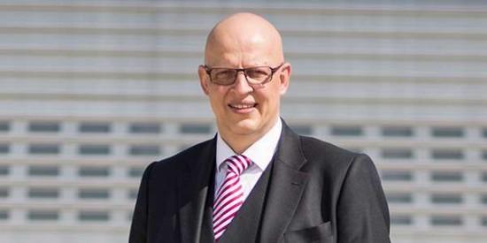 Dr. Hans Jörg Eyrich scheidet zum heutigen Tag aus dem Vorstandsgremium der DRF Luftrettung aus