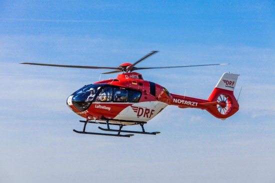 """Die H135 ersetzt die bisher als """"Christoph Halle"""" eingesetzte BK 117"""
