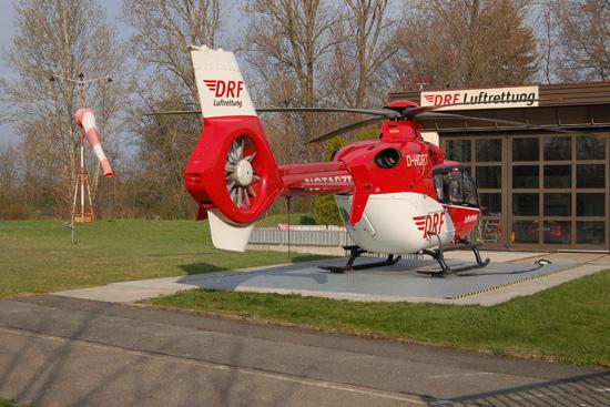 """... und die DRF Luftrettung (hier der """"Christoph 46"""" aus Zwickau)"""