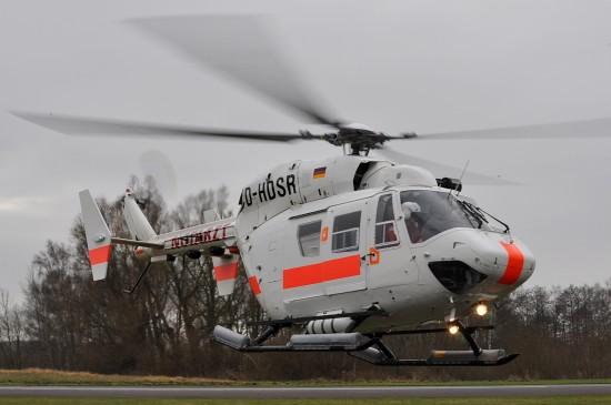 Fly-Out der DRF Luftrettung in Güttin. Der Außentank ist das Druckreservoir für die Notschwimmer.