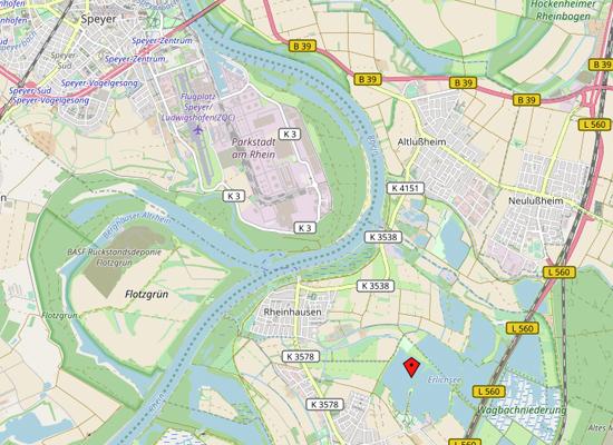Die Absturzstelle befindet sich am Erlichsee in der Nähe zum Flugplatz Speyer.
