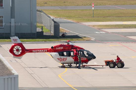 Bereits im April konnte die Besatzung erste Erprobungsflüge mit dem neuen Muster H145 durchführen (hier die D-HDSF)