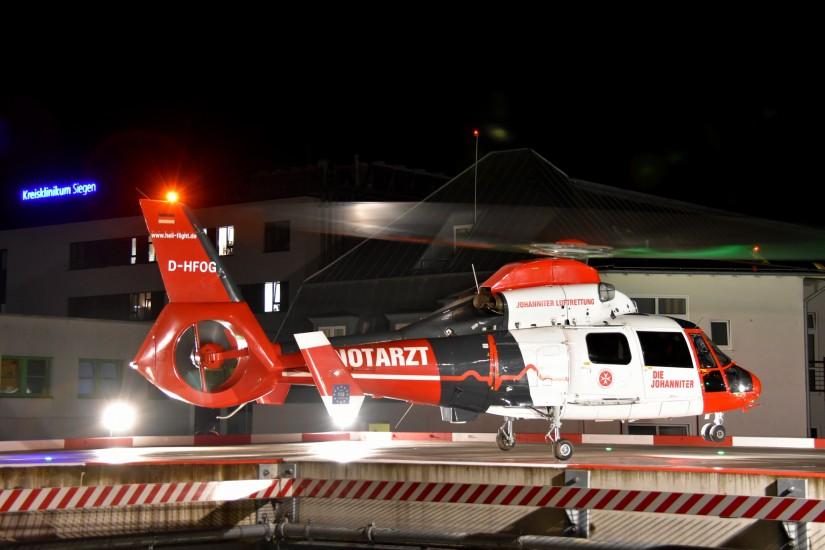Ein ITH der Johanniter-Luftrettung, hier eine Archivaufnahme eines Nachteinsatzes