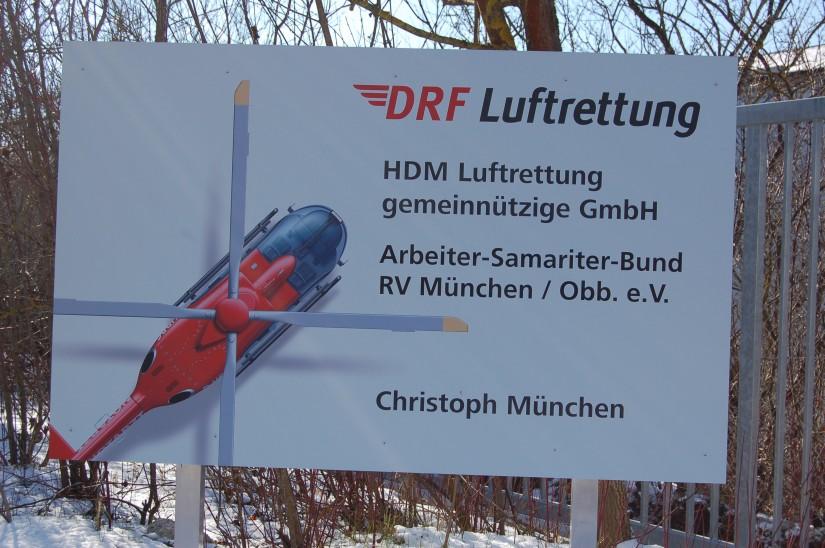 """Betrieben wurde die Luftrettungsstation """"Christoph München"""" im Jahr 2012 noch von der HDM Luftrettung gGmbH, die HEMS TC stellte der ASB-RV München/Oberbayern e. V."""