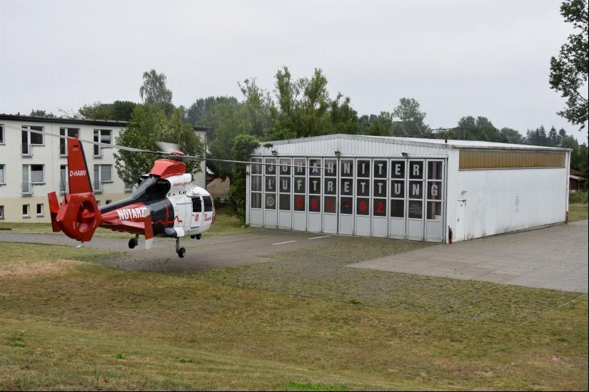 """Vom Klinikum Südstadt in Rostock aus wird der 24-Stunden-ITH """"Christoph Rostock"""" eingesetzt – auch subsidiär für primäre Versorgungen und Transporte"""