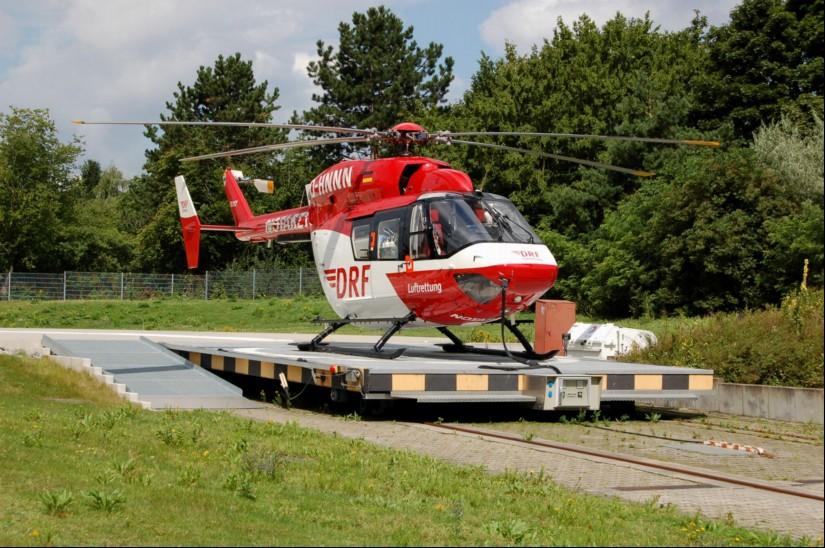 """Ende Juli 2012 flog die BK 117 """"D-HNNN"""" als RTH """"Christoph 43"""" in Karlsruhe"""